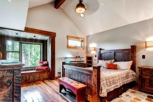 Wood bed design - themed bedroom