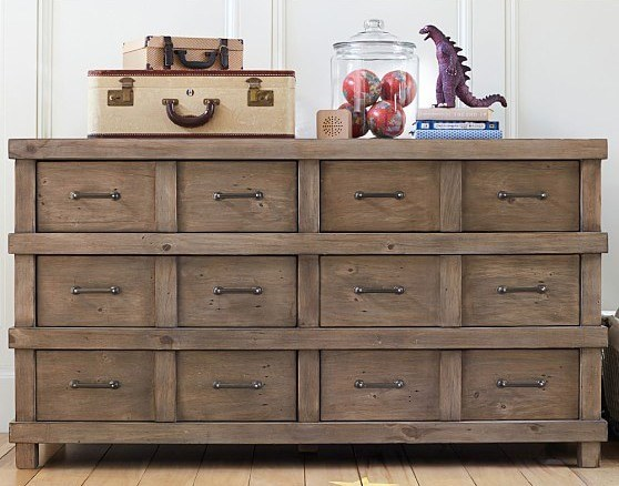 Solid 20 inch dresser is necessary and comfortable piece of furniture.