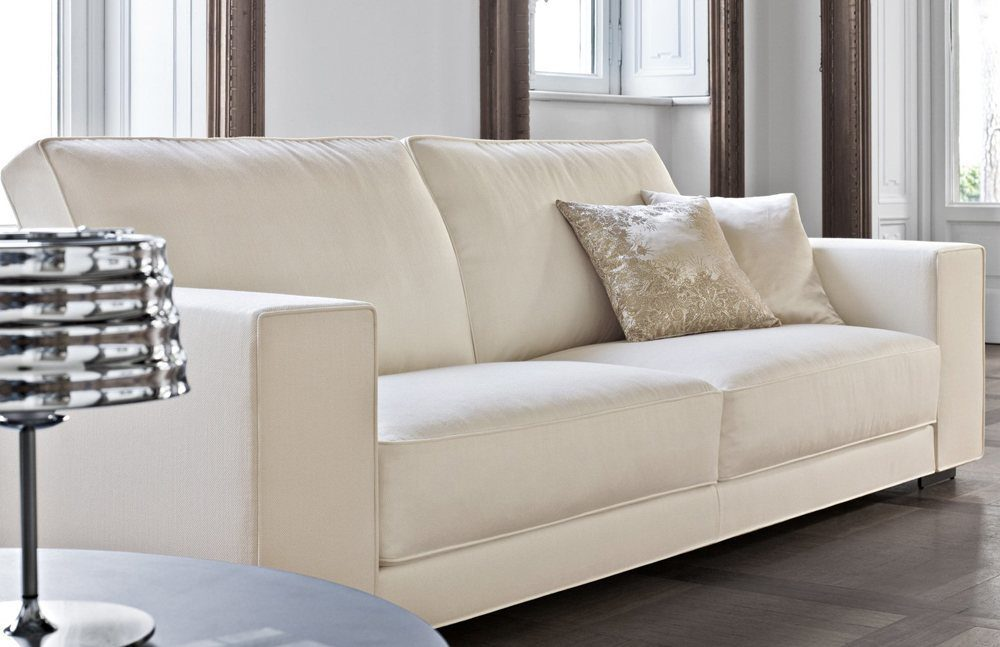 Sofa Workshop Factory Outlet has a big dedicated collection of this kind of pieces which combines style and function.