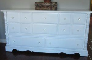 White Painted Wood Dresser
