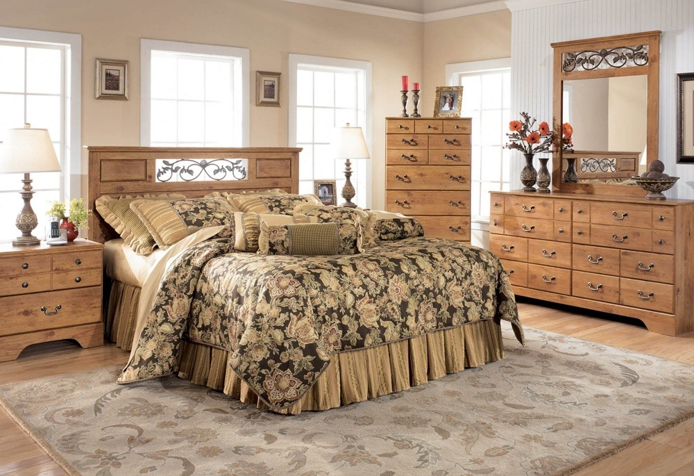 Oak Wood Bed Set