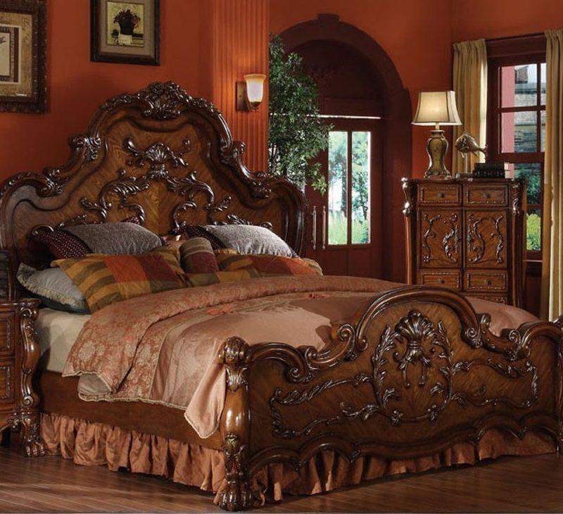 Dresden Traditional Wooden Bed