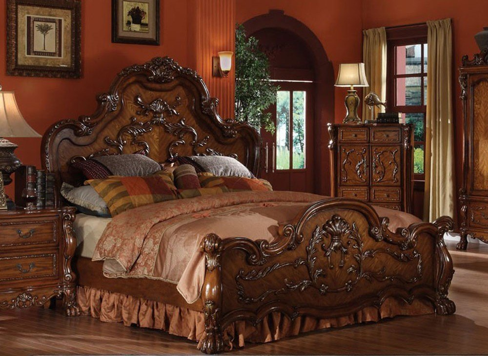 The prominent place is given to traditional wooden beds.