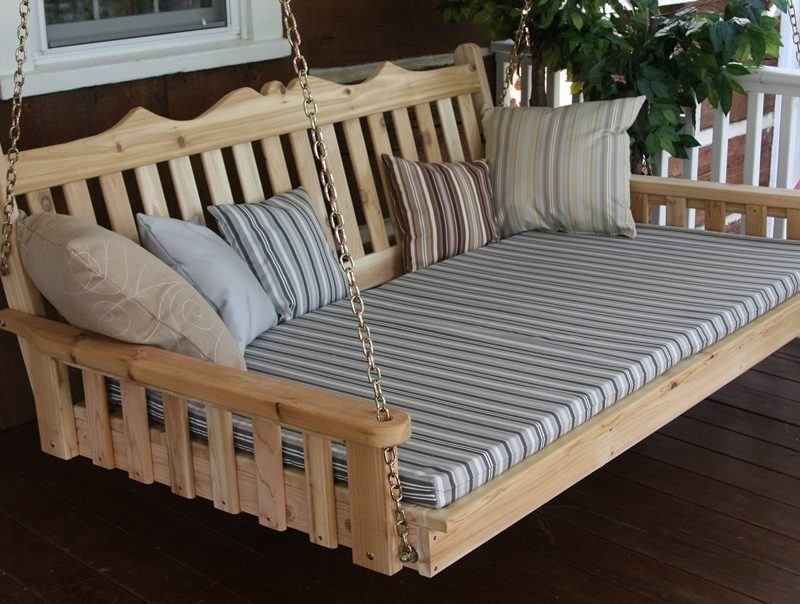 Western Cedar Royal Swing Bed