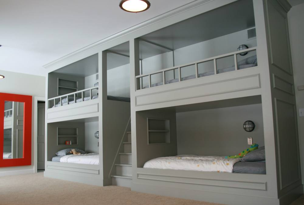 Be very attentive when choose modern bunk beds with stairs to make children happy and yourself in addition.