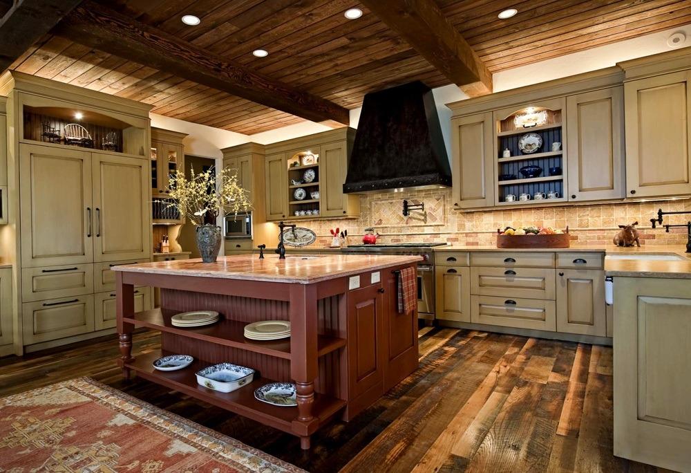 Classic Wood Kitchen