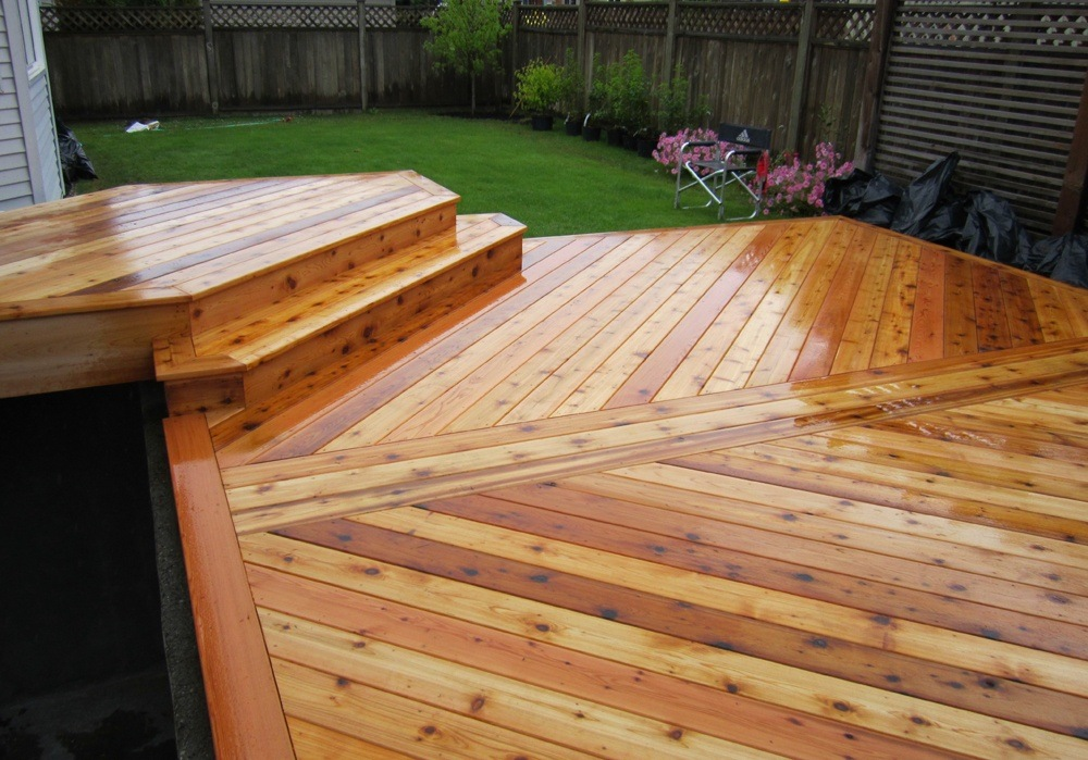 Light brown composite decking needs not only time and costing material that you have to invest.