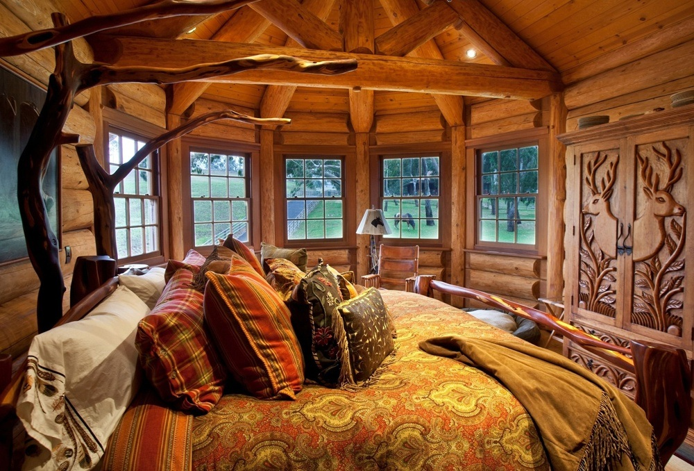 Log Cabin Bedroom Decor