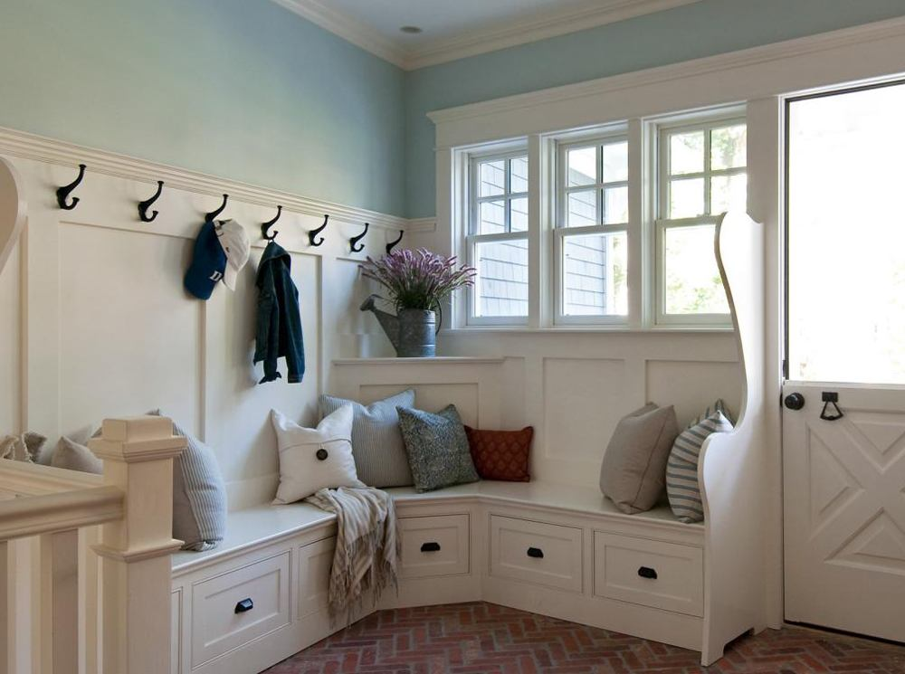 Combine corner entryway bench with shelves and a coat rack and your corridor will start looking totally different.