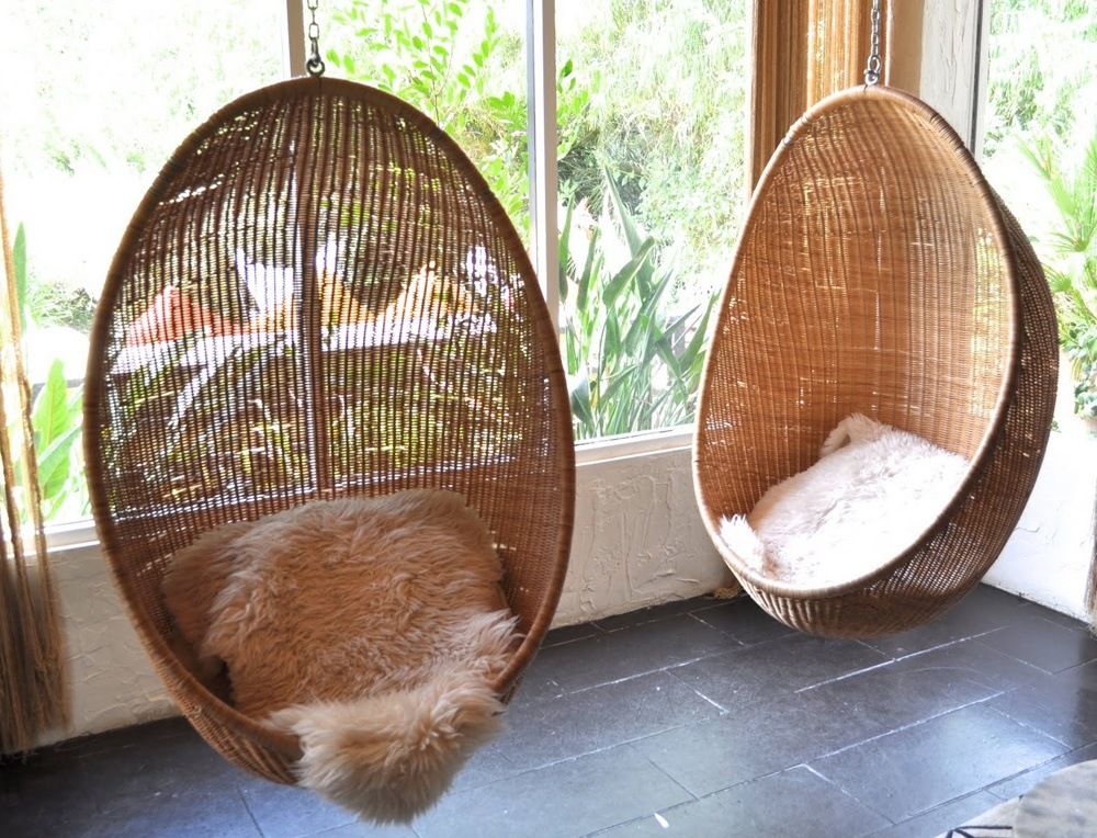 Papasan swing chair is the great opportunity for those who want some privacy.