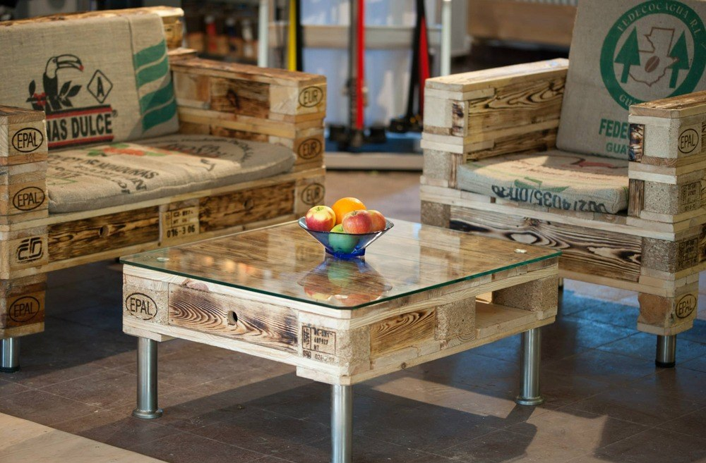 Modern pallet furniture, tables and benches ideas are very popular for placing inside home.