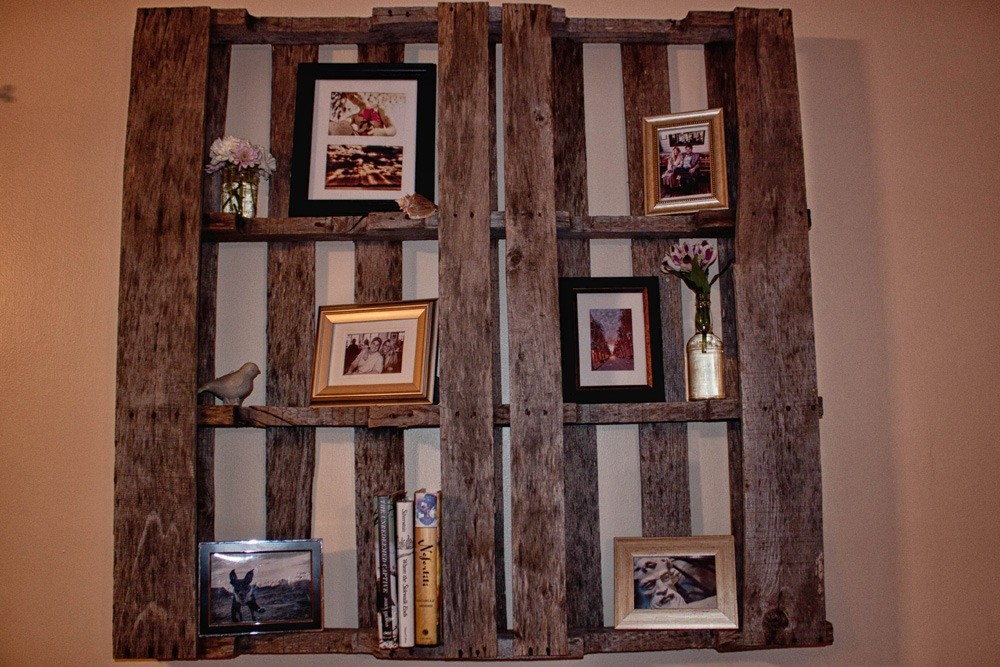 DIY Pallet Shelf Ideas