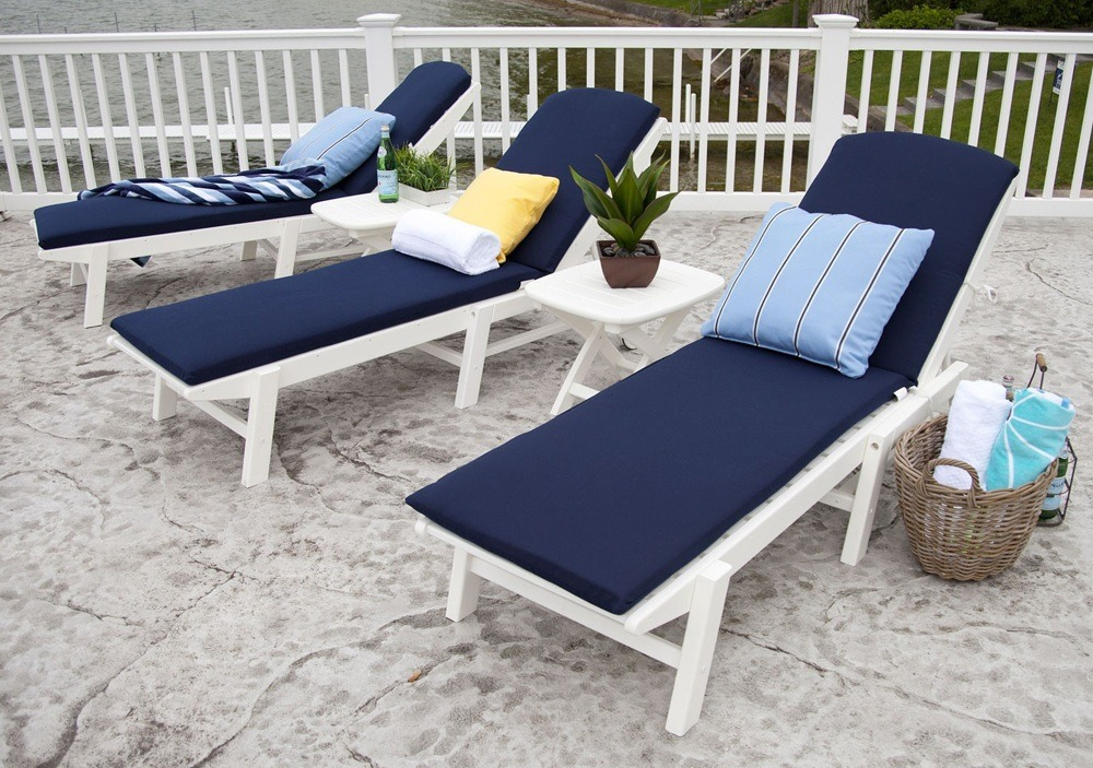 White Wood Chaise Lounge