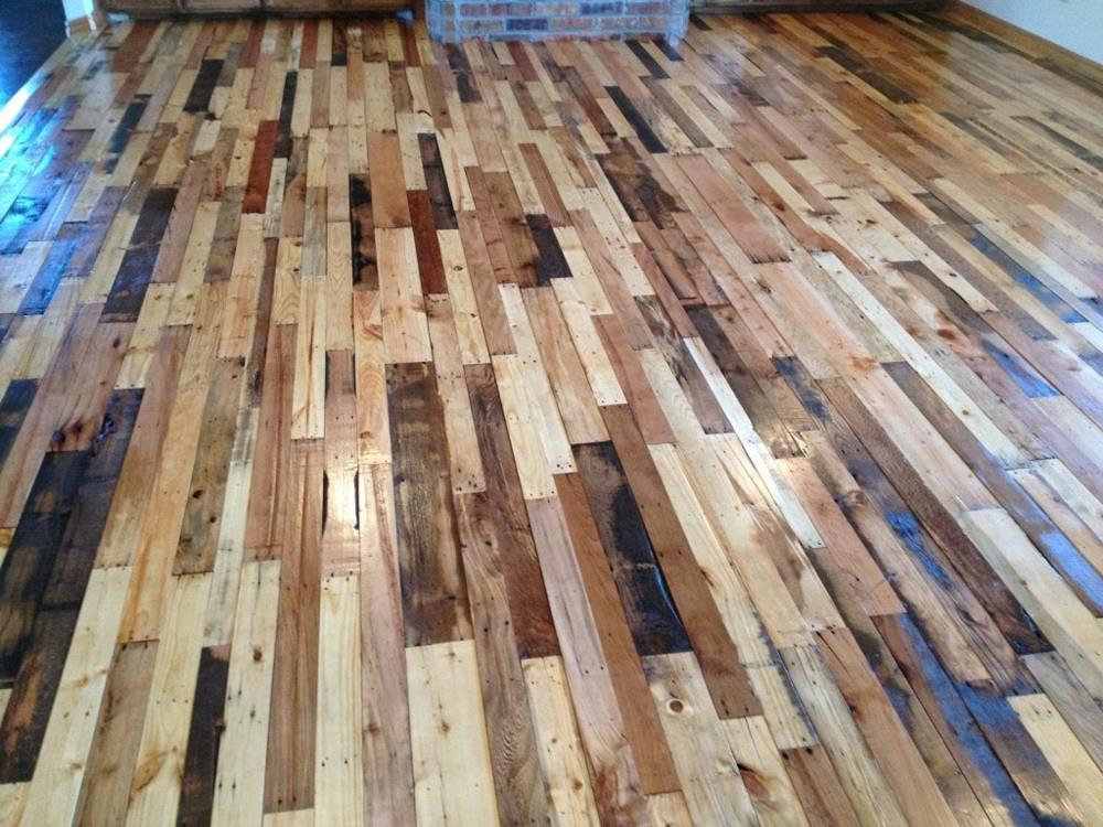 Brown Pallet Floor