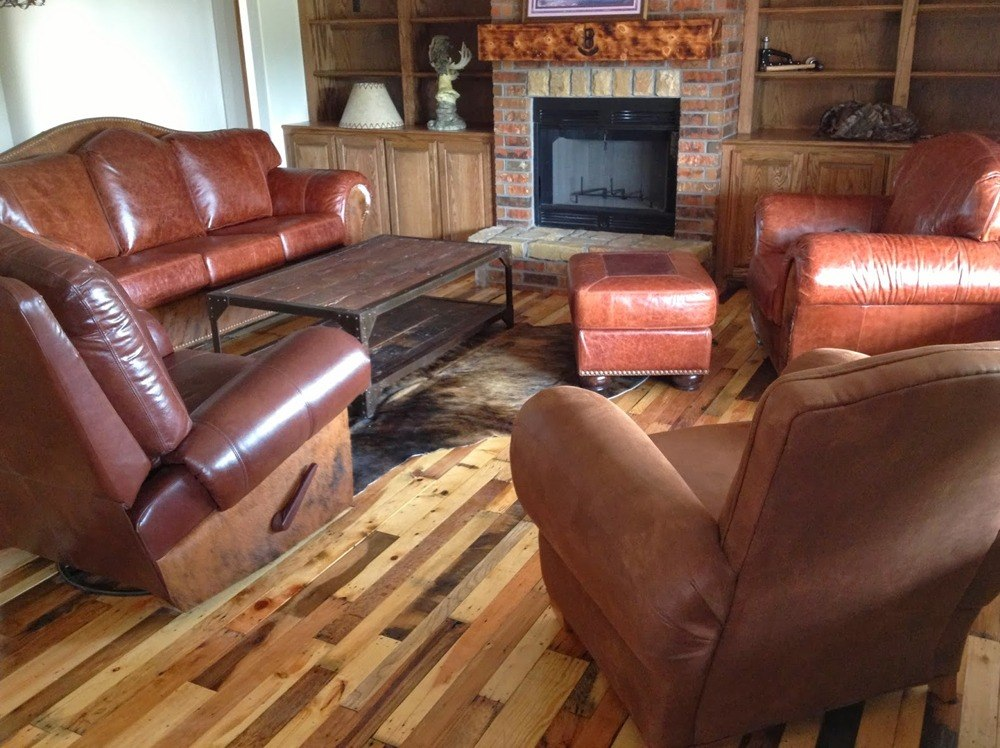 Pallet Wood Floor DIY