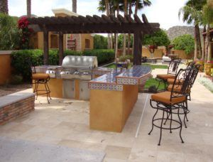 Outdoor Summer Kitchen Ideas For Backyard