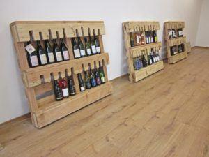 Pallet Wood Wine Store Floor