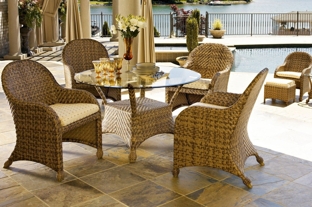 Wicker Sunroom Furniture