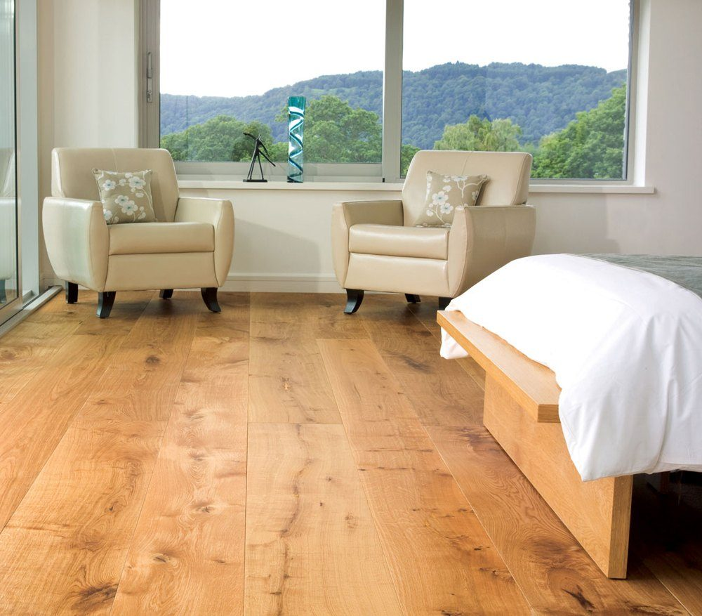 Now it is time for green, red or white wide pine flooring to come back.