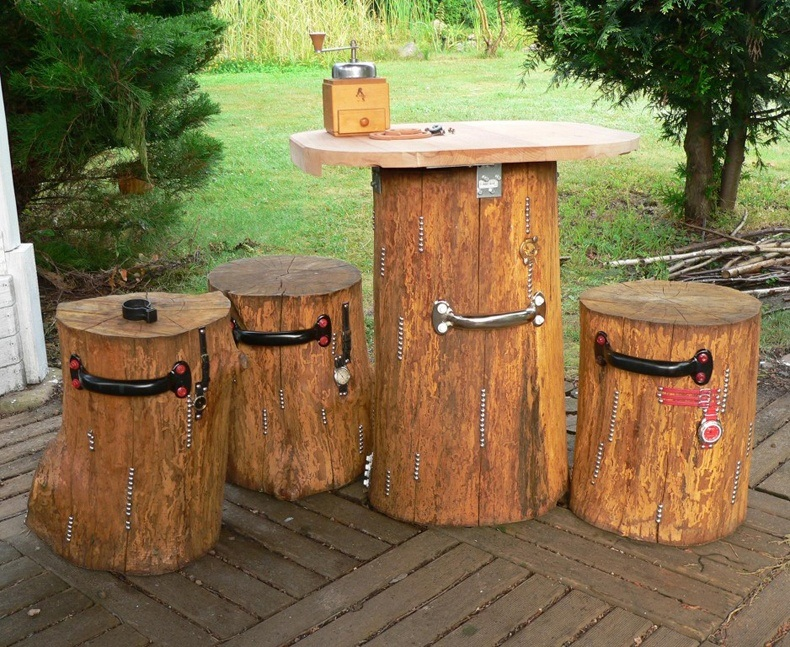 Garden Table And Stools Made Of Oak Logs