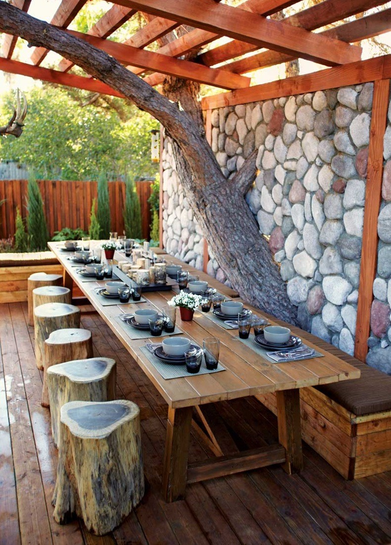 Outdoor Dining Area Design