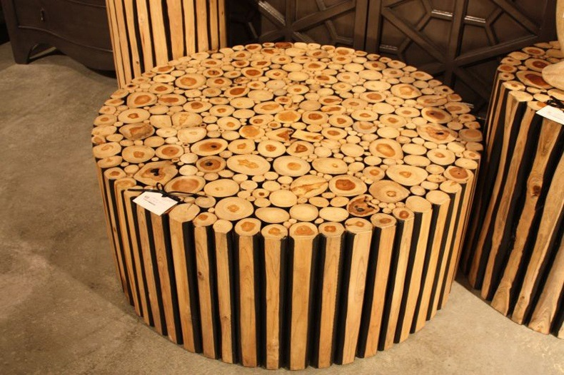 Trunks coffee tables are usually simple and understated.