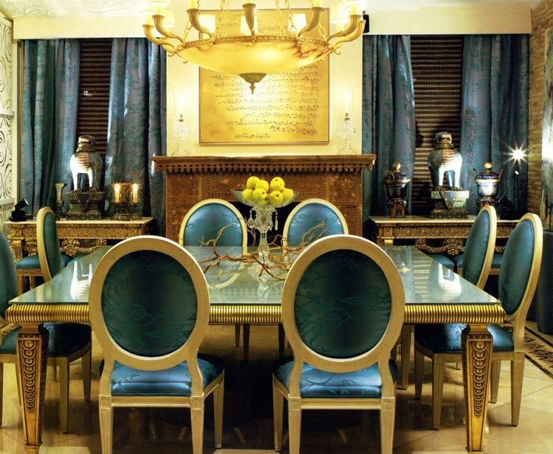 Here are several ideas of big and small luxury dining room ideas to think about.