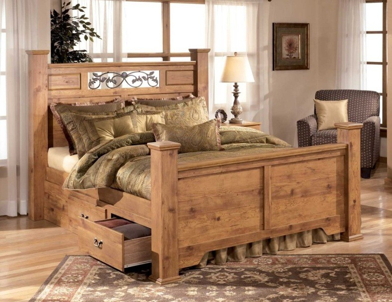 Pine Beds With Storage