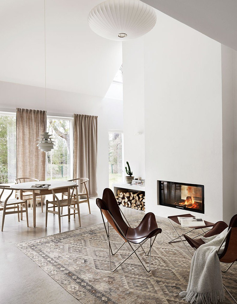 Scandinavian dining room furniture style is one of the simplest to apply in your own apartment.