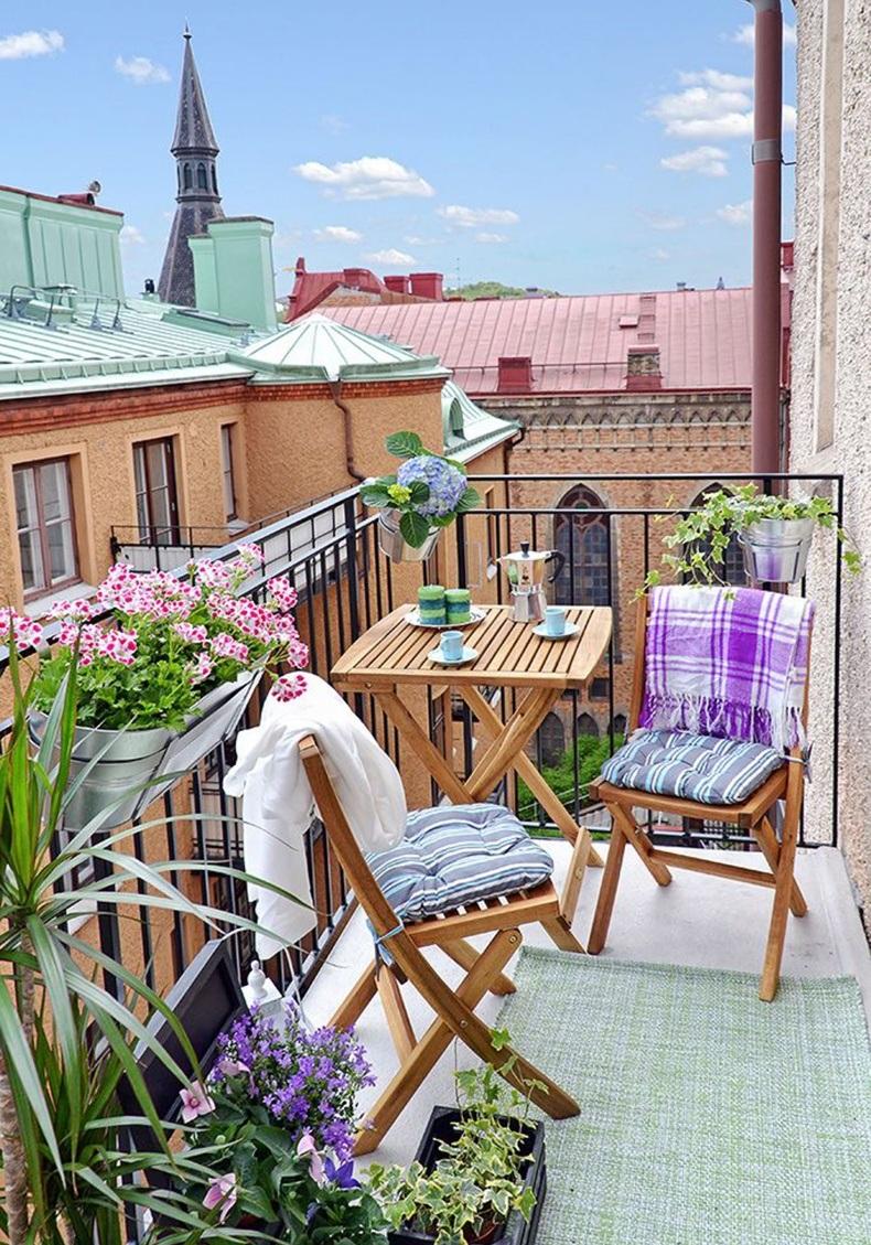 Mini Balcony Decor