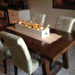 10 Attractive Farmhouse Dining Table Ideas for Your Kitchen