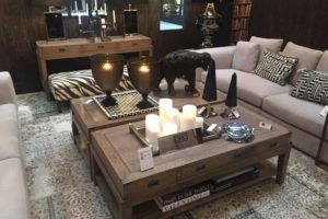 Decorate The Coffee Table With Accessories