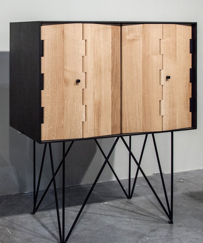 Hairpin Legs Console