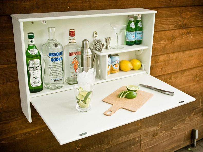 White Wall Bar
