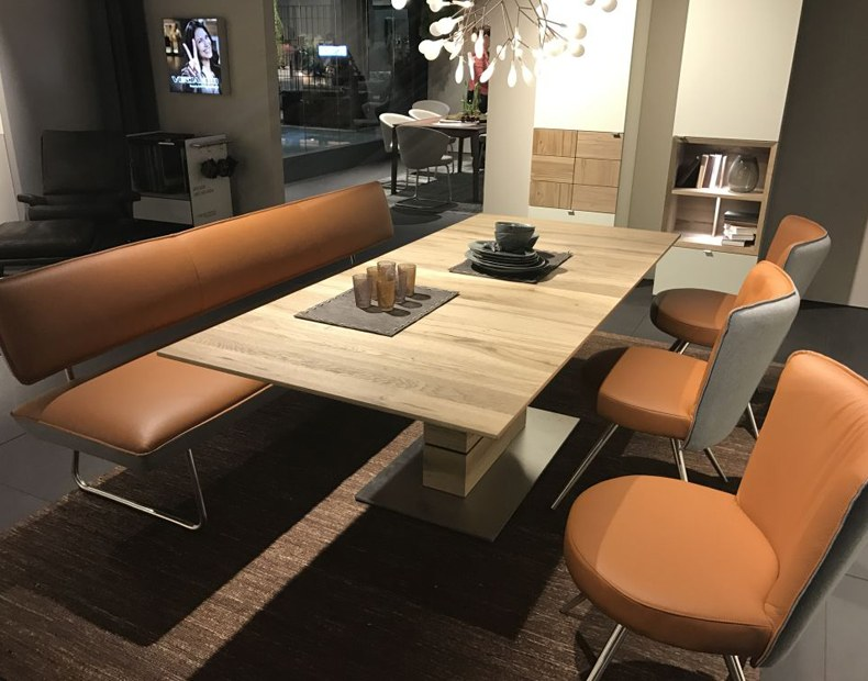 Banquette Seating Dining Table