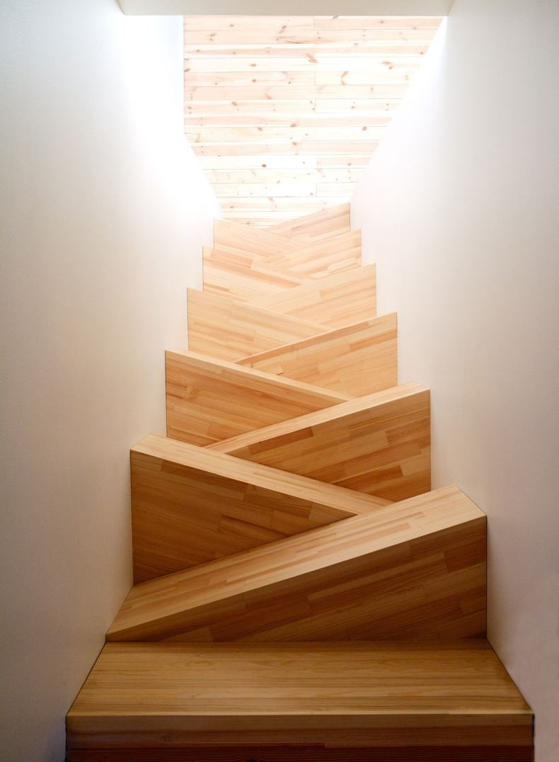 Alternating Small Stair Treads Thebestwoodfurniture Com