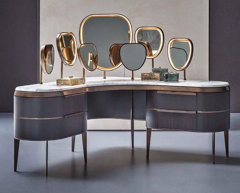 Pallet Vanity Table