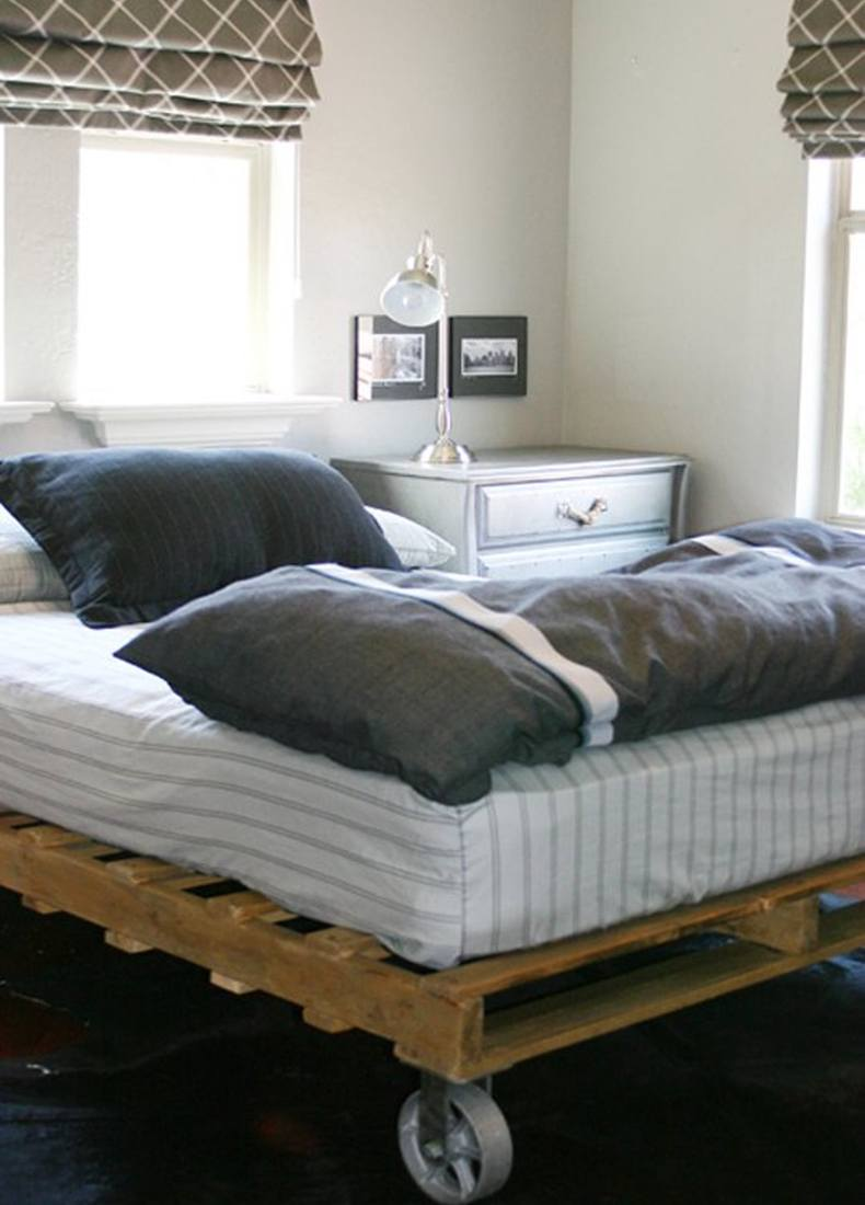 Pallet Bedroom Ideas