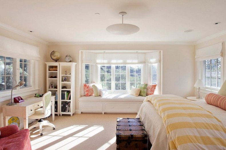 Kids Room With Bay Window And Seating