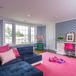 How To Use Chevron Design Wallpaper in Your House Decor