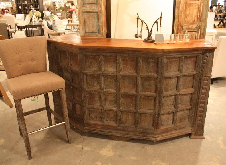 Classic Home Rustic Bar