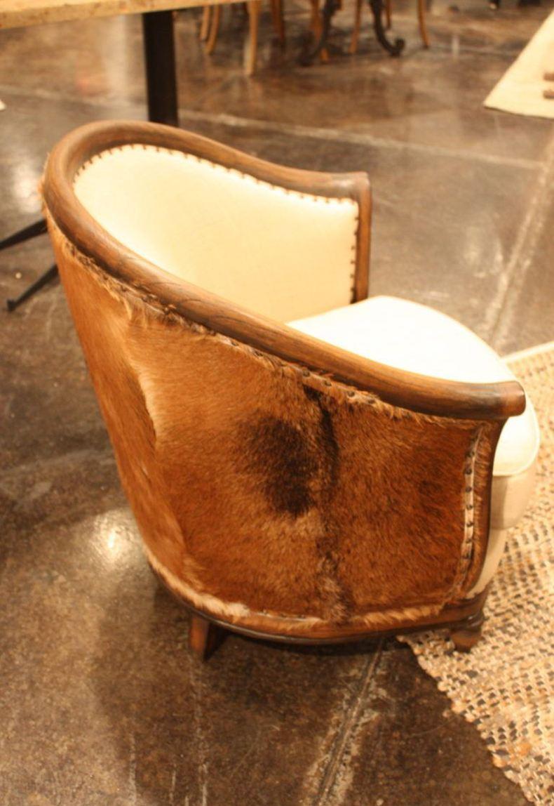 Dovetail Cowhide Chair