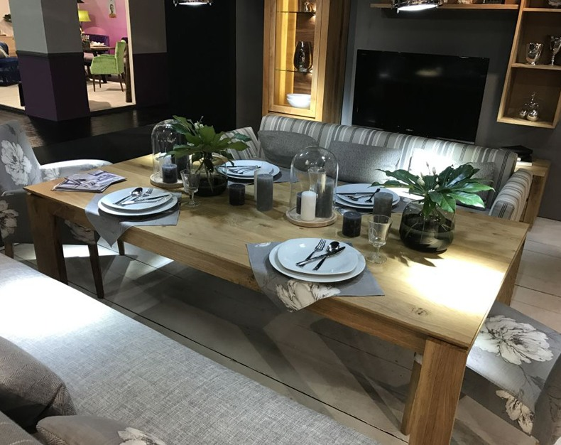 Large Dining Table Centerpiece