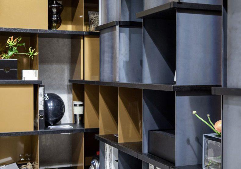 Konstantin Slawinski Shelves