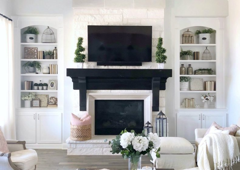 Mantel Shelf Dark Bulky