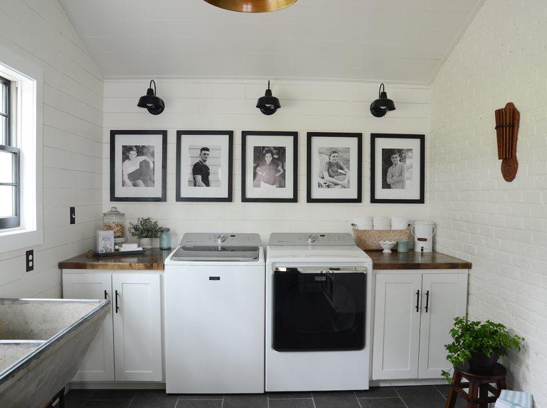 Laundry Room Family Portret Wall Art