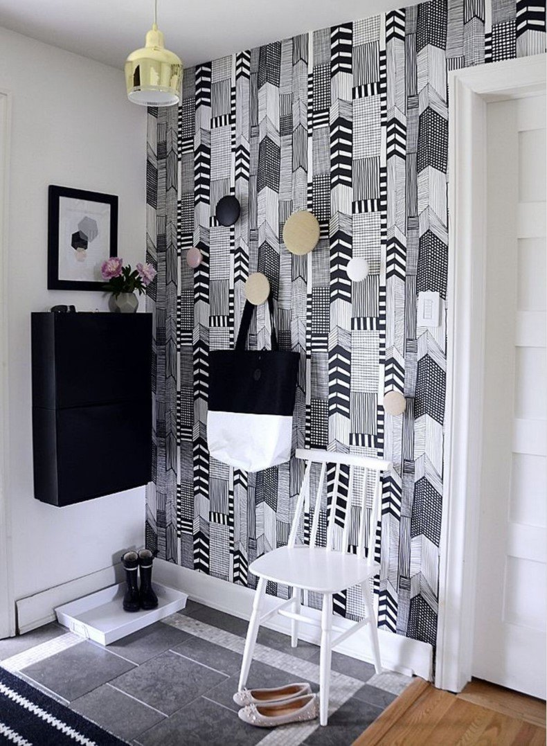 Wallpaper for Small Entryways