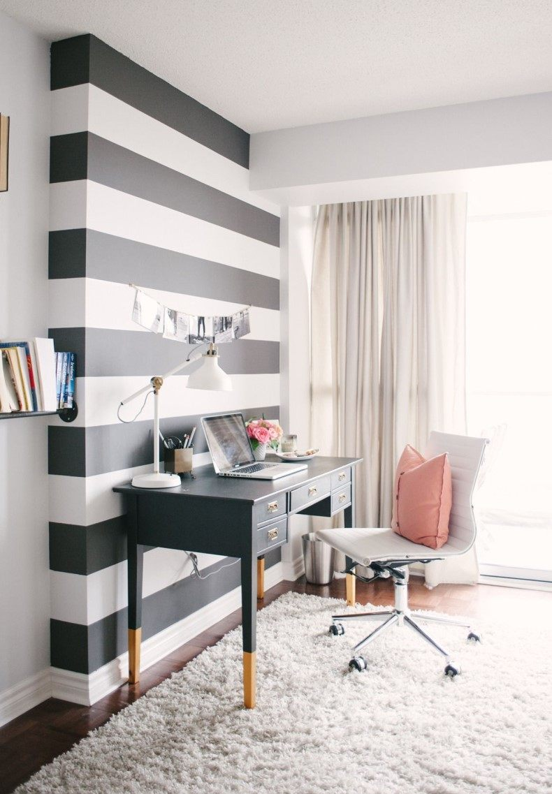 Black and white striped wall is the most popular combination of classic colors that has no age.