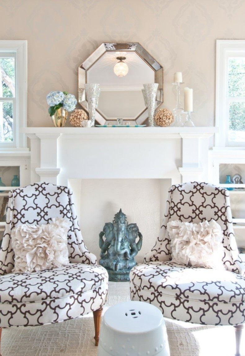 Traditional Living Room Sunshine Mantel
